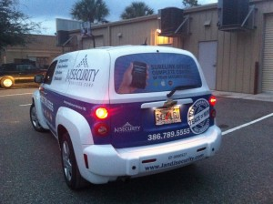 Cost Effective Ways to Attract Customers With a Vehicle Wrap